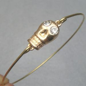 Lovely Skull Bangle Bracel..